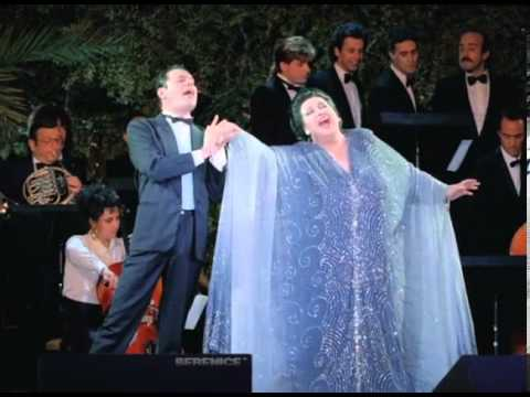 Freddie Mercury & Montserrat Caballé - Barcelona (Live at Ku Club Ibiza, 1987) - YouTube