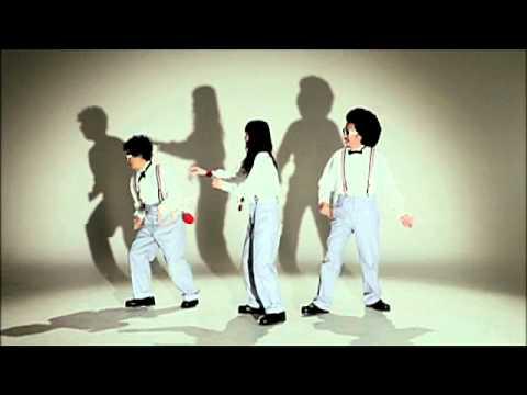 安藤裕子 / 林檎殺人事件(feat.池田貴史) - YouTube