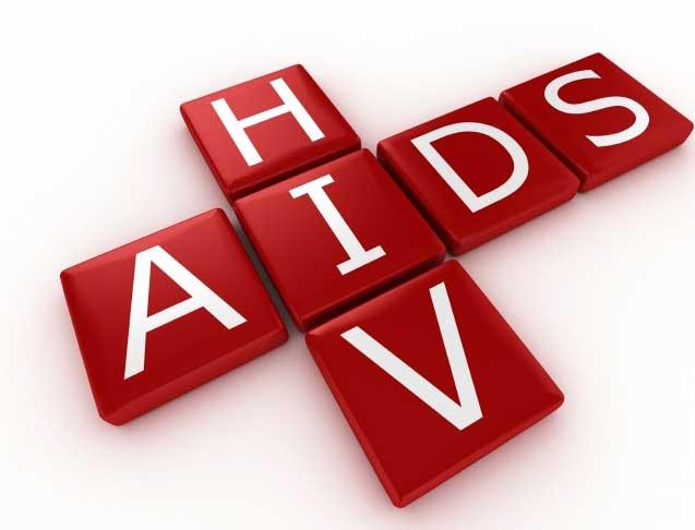 エイズウイルス潜在感染者、3830人と推計