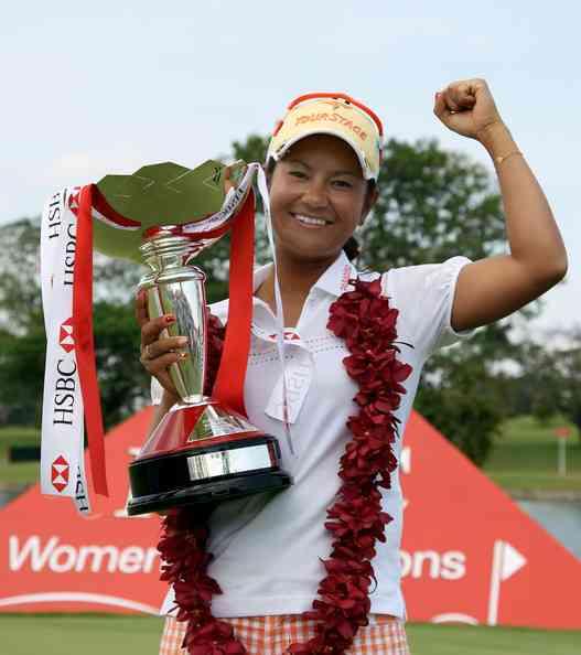 女子ゴルフ 宮里藍選手引退へ