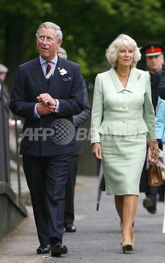 チャールズ皇太子とカミラ夫人に対する国民感情が好転 写真1枚 国際ニュース:AFPBB News