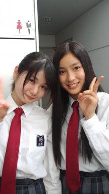 トト姉ちゃんとまれがニッコリ 土屋太鳳と高畑充希の2ショットに「2人とも綺麗」「天使」
