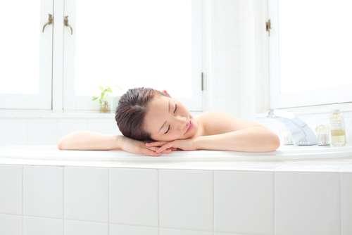 お風呂で寝ちゃう人いますか?