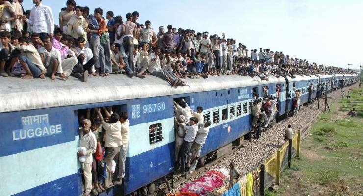 みなとみらい線で相次ぐ「あえて反対方面に乗ってから、折り返し駅で着座する」不正乗車 対策として増運賃を請求