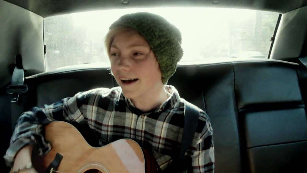Ulrik Munther - Boys Don't Cry (Unofficial Video) - YouTube
