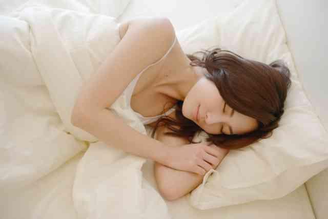 費用ゼロ!! 睡眠こそ、コスパ抜群のスキンケアだってこと知ってる?