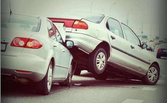 高齢者の運転事故、実は減っている。事故多発に見せたい政府の思惑 - まぐまぐニュース!
