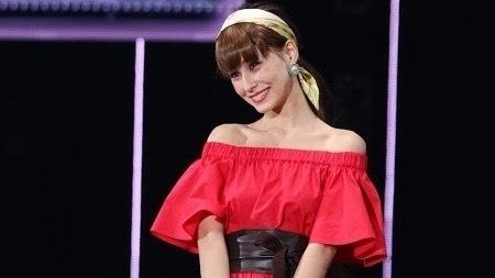 ダレノガレ明美、イケメン兄との2ショットを公開「美男美女」と反響