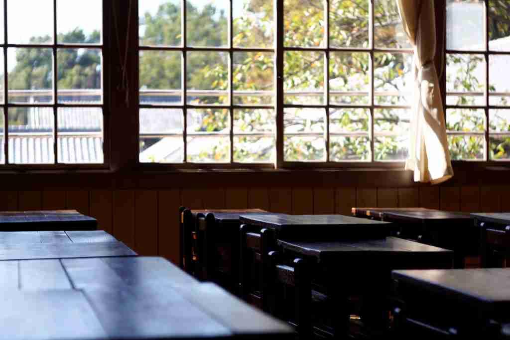 重すぎる通学カバンに中学生が悲鳴!体力勝負になった『脱ゆとり教育』