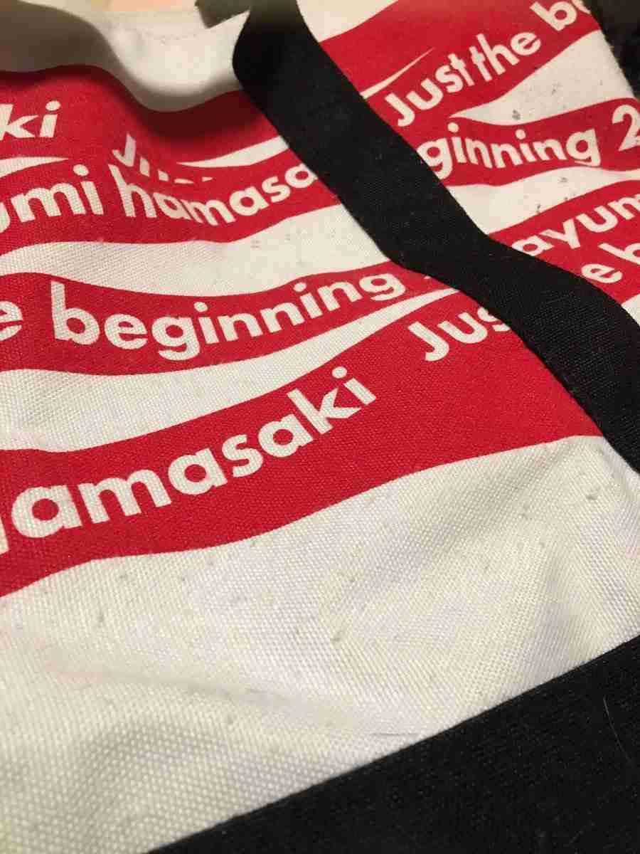 浜崎あゆみが初日横浜アリーナ公演開幕!バーレスクをイメージしたSEXYすぎるショースタイルを披露!