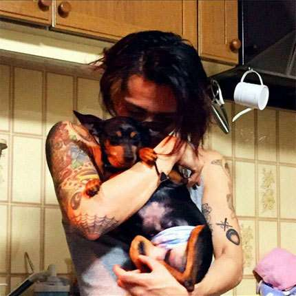 大麻逮捕の田中聖・元交際女性が明かす「薬物乱用と自殺未遂」 (文春オンライン) - Yahoo!ニュース