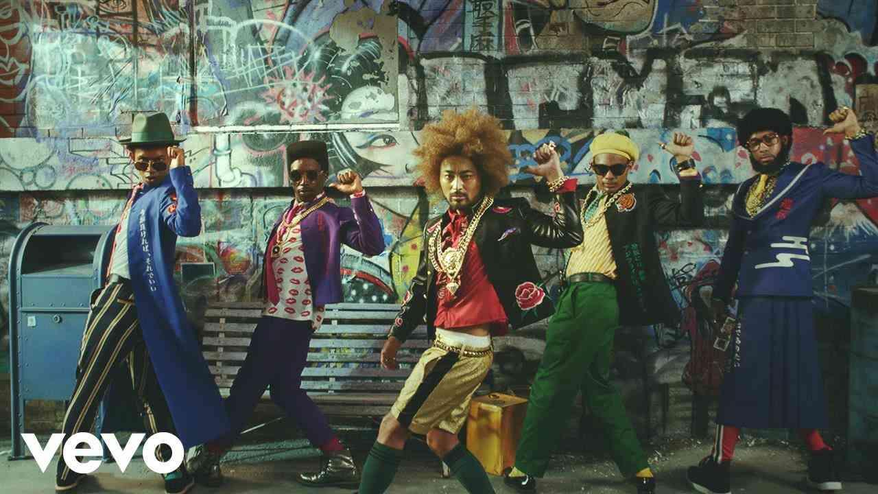 山田孝之 with MARO Boyz - モテモテ♡マーロ - YouTube