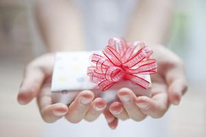 旦那からの高価なプレゼント喜べる?