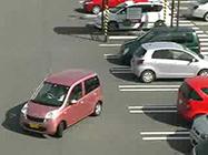 バック駐車が苦手な人。