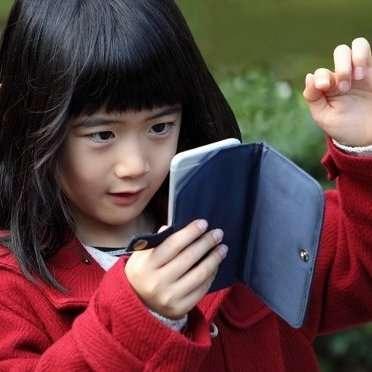 日本医師会「スマホ使用で学力低下」が波紋…ドコモが反論「逆に向上もあり得る」 | ビジネスジャーナル