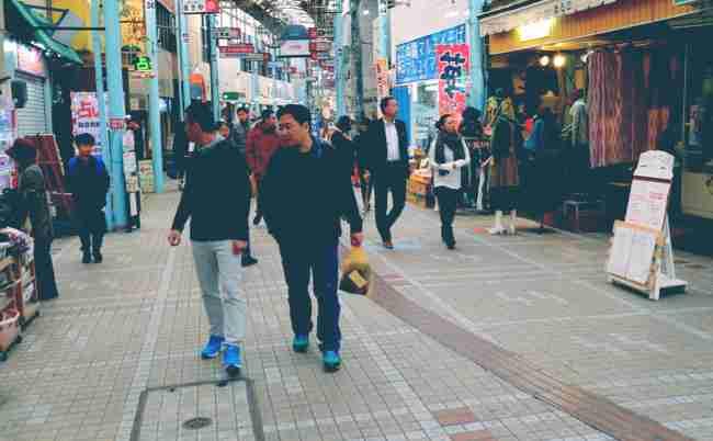 「帰らない」中国人旅行者が急増。沖縄の現状は日本の未来か? - まぐまぐニュース!