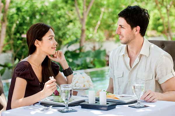 異性と二人で食事<既婚者>