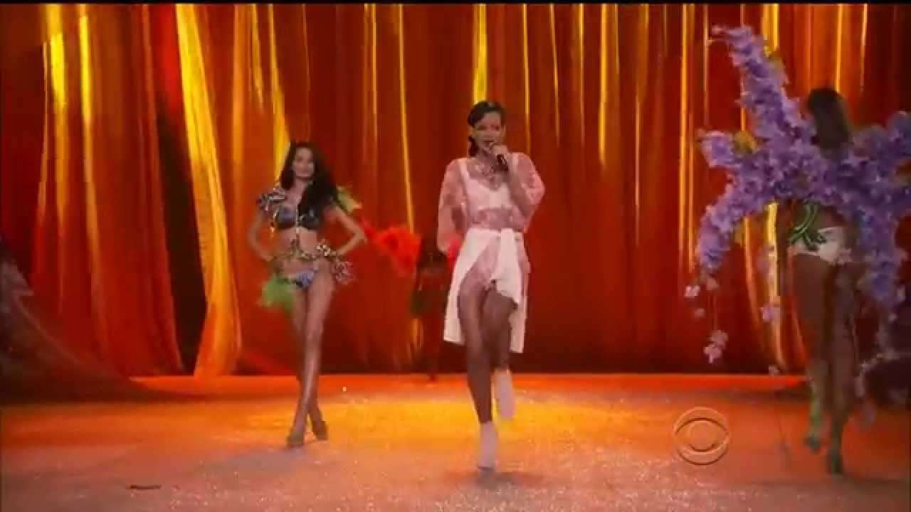 Rihanna The Runway Victoria's Secret fashion Show 2012 - YouTube
