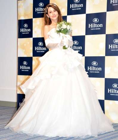 ダレノガレ明美、花嫁姿で結婚願望語る「もらってくれる人いるかな?」