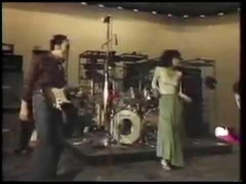 カルメン・マキ&OZ 私は風'76 - YouTube