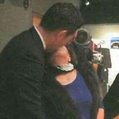 公明党議員が創価学会婦人部熟女と熱烈キス写真