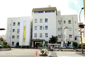 神戸新聞NEXT|事件・事故|飲酒し緊急搬送、病室で医師に暴行 容疑で女逮捕