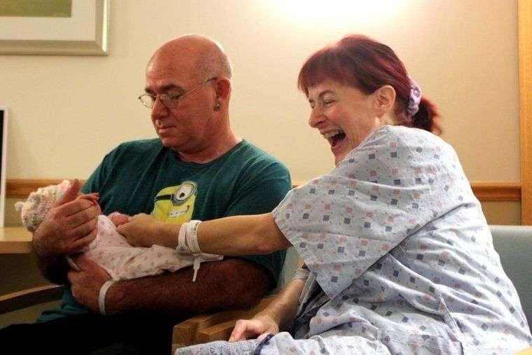 出産1時間前まで妊娠に気づかなかった47歳女性(米)
