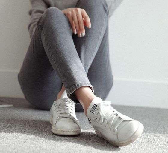 スニーカーの流行りいつまで続くと思いますか?