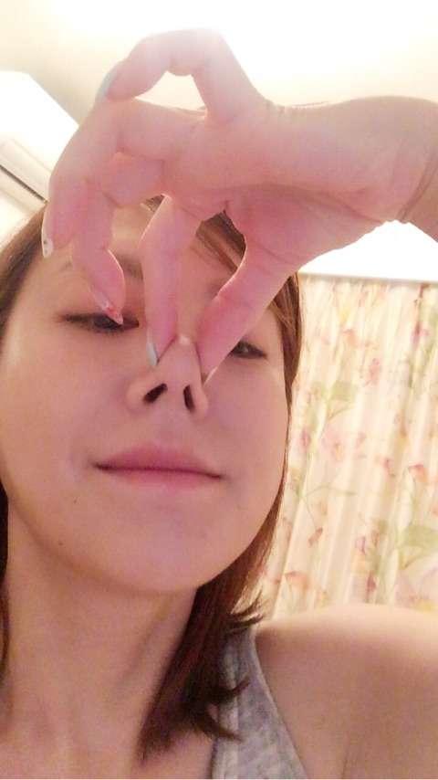 """高橋真麻、憧れの""""鼻""""を公開「これ位シュッとしたら良いのに」"""