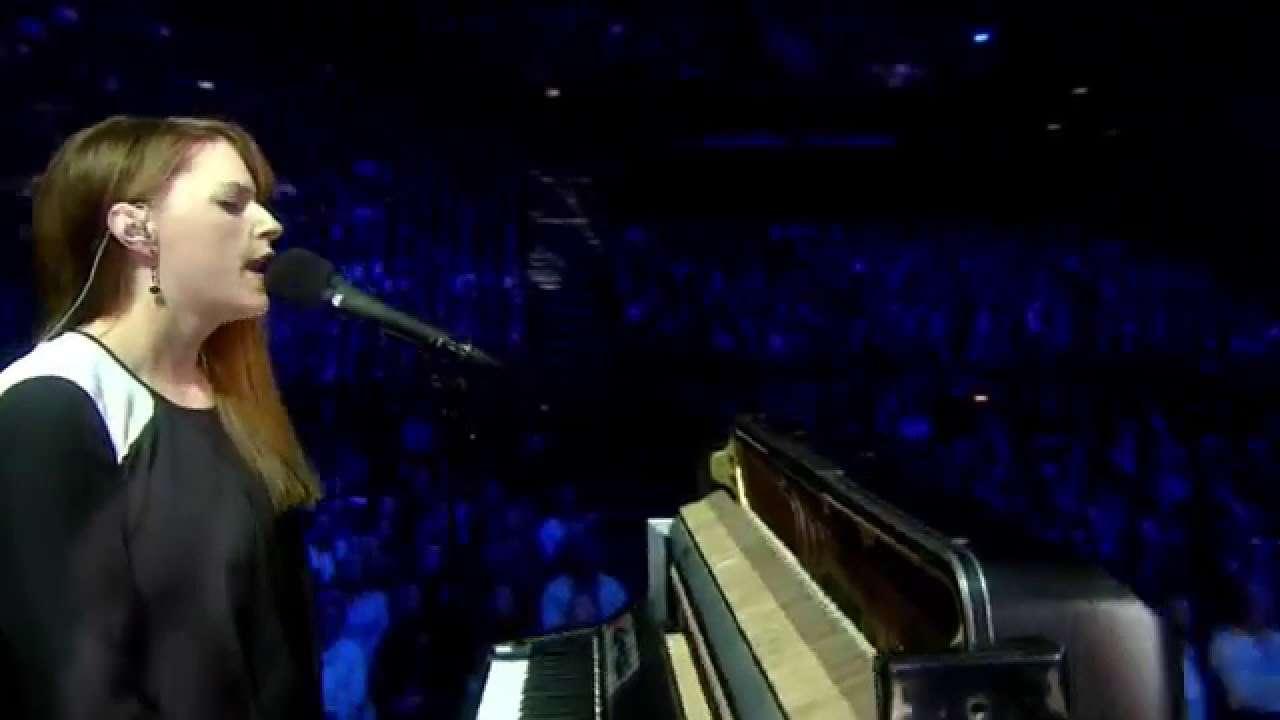 "Susanne Sundfør  ""White foxes""  2012 Nobel Peace Prize Concert - YouTube"
