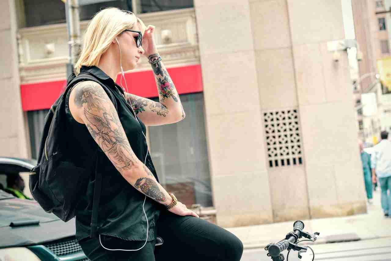 アメリカではタトゥーは普通って、それ本当? | WhyNot!?JAPAN