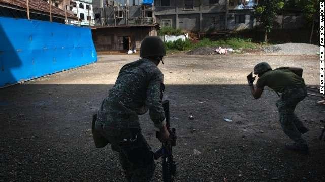 フィリピン南部の街で空爆続く ISIS系勢力が占拠