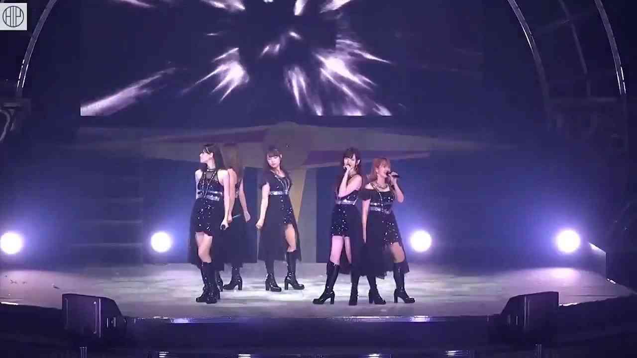 ℃-ute 「夢幻クライマックス」 LIVE - YouTube