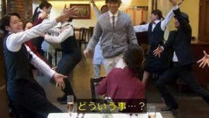 【フラッシュモブ】サプライズでプロポーズを敢行する男性、その結果は…