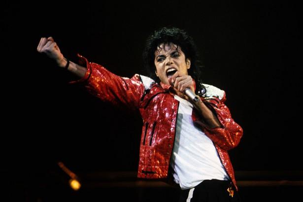 セレブの死後収入ランキング、M・ジャクソンが史上最高の年収857億円で首位 | Forbes JAPAN(フォーブス ジャパン)