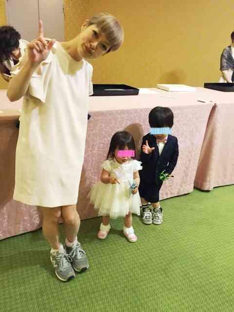 子連れで結婚式に出席した人、お子さんは何を着ましたか?