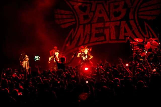 BABYMETAL、ロサンゼルスでのワンマンライブに4000人熱狂 - 音楽ナタリー
