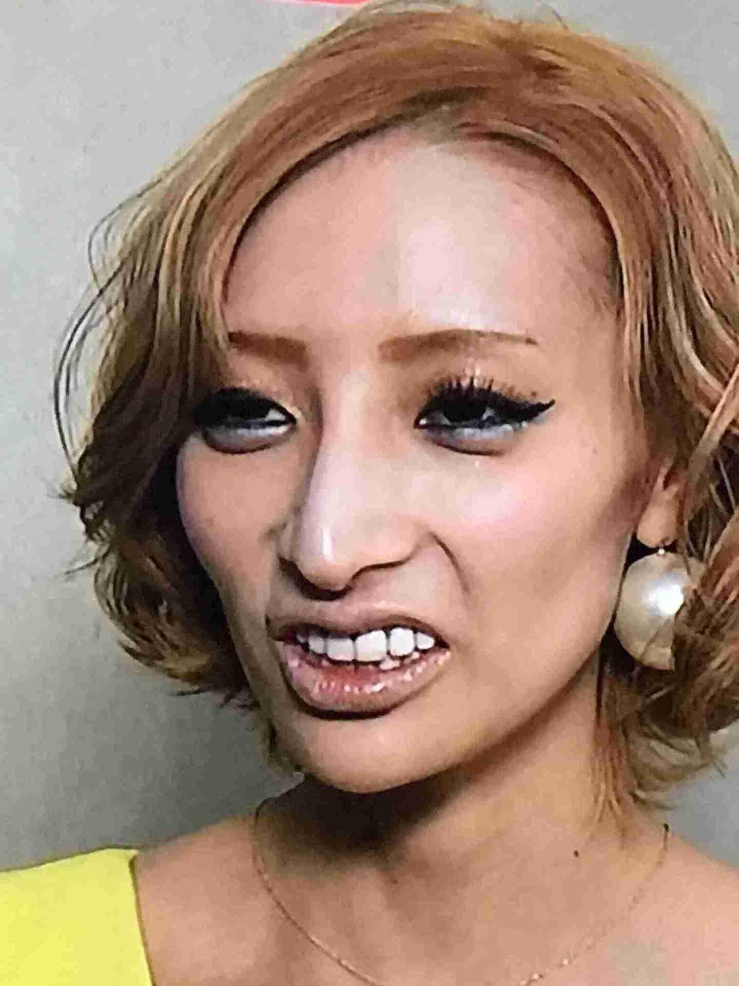 加藤紗里、卒アル写真の流出に「紗里の可愛さにみんなドン引きしてんじゃん」