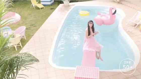 夏もインスタ映え!おしゃれ女子にマストなアイテムは〇〇の浮き輪!