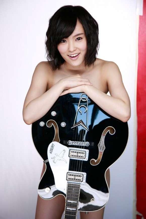 ギター女子集まれ