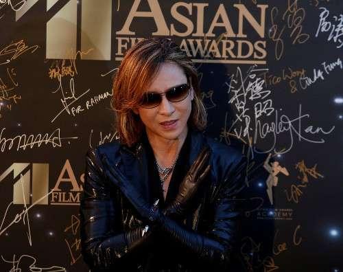YOSHIKI、7月のツアーで復帰「まずはピアノで参加」 (スポーツ報知) - Yahoo!ニュース