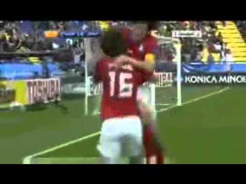 日本猿パフォ(日本人は猿だ!の意味)をする韓国選手:奇誠庸 - YouTube