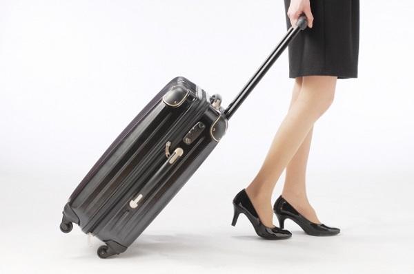 妻の海外勤務を「寂しい」と反対する男性に厳しい声 「足を引っ張ってどうするの!」「甘えるな」