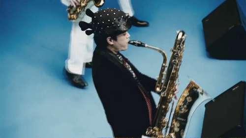 高橋一生が見事なブルースハープ演奏を披露!浜野謙太、スカパラとのトリプルコラボ