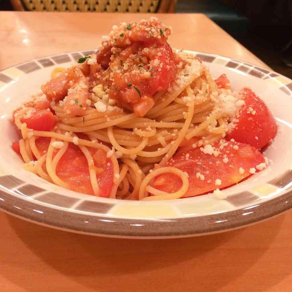 サイゼリヤでスパゲッティを頼んだらスゴイのが出てきた…「逆パターンだった!」「見てる人は見てる」