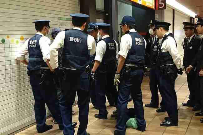 松嶋尚美の夫が職質受け、警官10人3時間がかりで検査 田中聖逮捕当日に