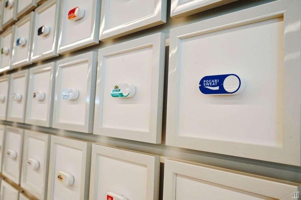 ボタンを押すだけで商品が届く「Amazon Dash Button」が100ブランドに拡大「赤いきつね」や「ハッピーターン」も追加