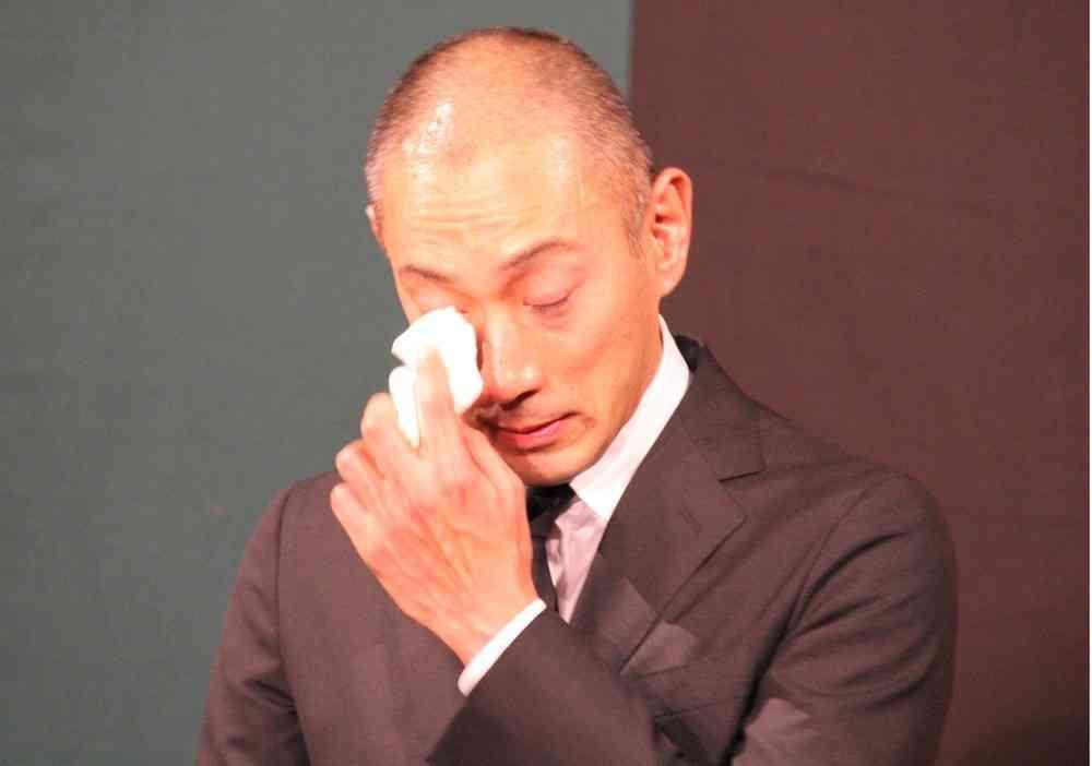 全文表示 | 海老蔵に「ブログ更新しすぎ」批判 「本当にギスギスした世の中だな」 : J-CASTニュース