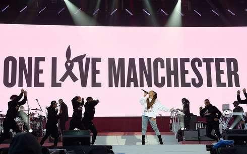 アリアナ・グランデらが熱唱 チャリティコンサート「One Love Manchester」の収益金は約2.8億円 (ELLEgirl) - Yahoo!ニュース