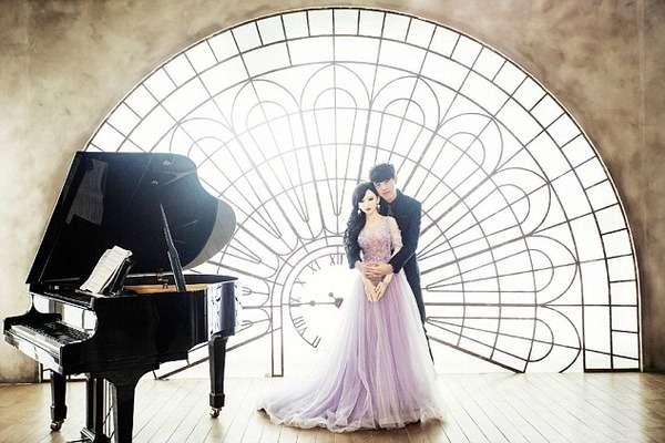 中国のイケメン男性、癌のため「人形」と結婚